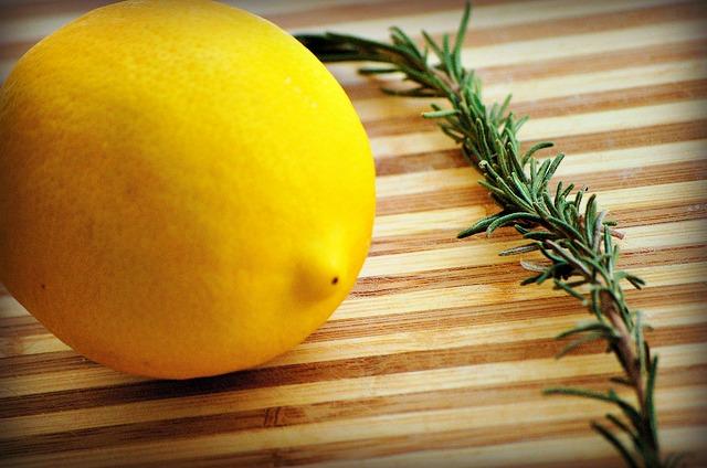 Rosmarin og citron